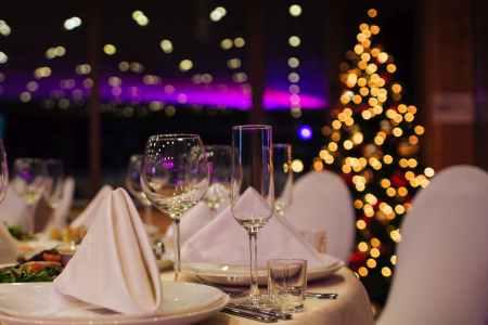 Hochkarätige Zaubershow für Weihnachtsfeiern und Nikolausfeiern im Ruhrgebiet und Münsterland